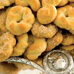 Koulourakia (Greek biscuits)