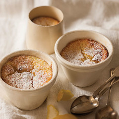 Lemon curd puddings