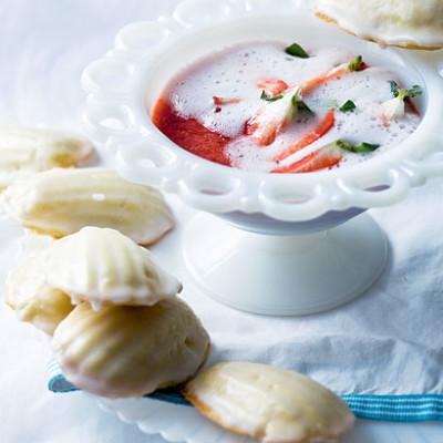 Madeleines with strawberry fizz