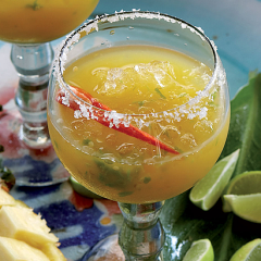 Mango-and-chilli margarita