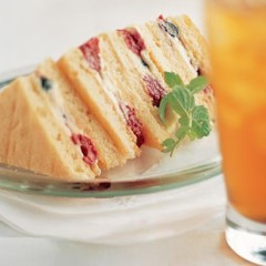 Mascarpone and berry sponge sandwiches