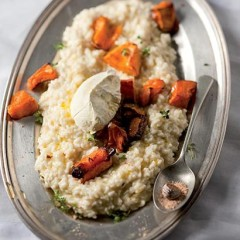 Mascarpone and pumpkin risotto with ground nutmeg