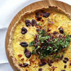 Olive, thyme and onion tart