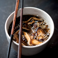 Onion and shiitake hot-and-sour broth