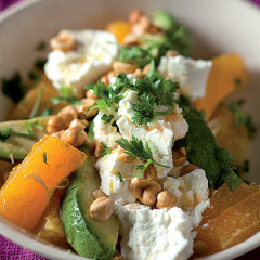 Orange and hazelnut salad