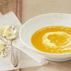 Organic pumpkin-and-corn soup