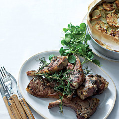 Pan-fried lamb chops with parsley potato cake