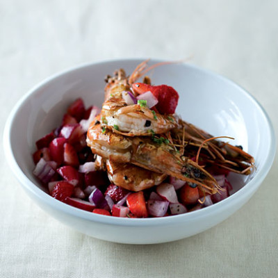 Pan-fried prawns with a sweet summer slaw