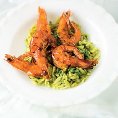 Pan-fried prawns with Italian herb pesto and rosmarino