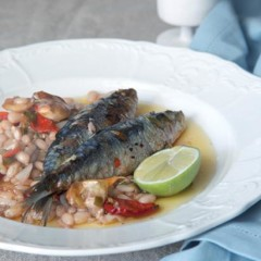 Pan-fried sardines with chilli and lemon marinated white beans