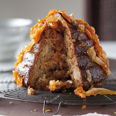 Pear, apricot and nutmeg cake