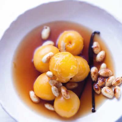 Poached apricots