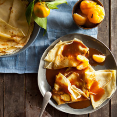 Poached-naartjie crepes with salted caramel sauce