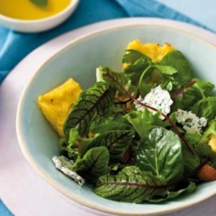 Polenta and blue cheese salad