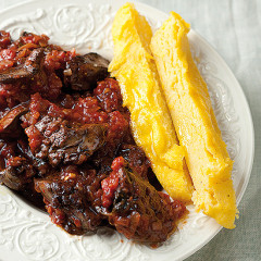 Polenta fingers and chilli chicken livers