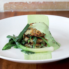 Potato-and-leek rosti with spinach foam