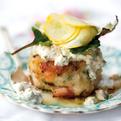 Prawn cakes with home-made tartare sauce