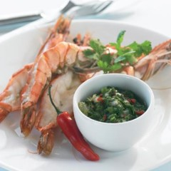 Prawns with Chilean salsa verde