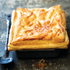 Roast chicken, mushroom and leek pie