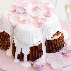 Rose-petal cake