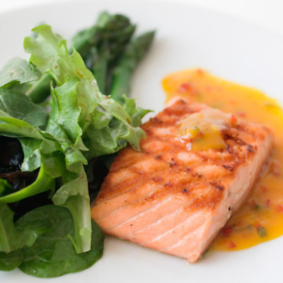 Salmon with kale and Asian dressing