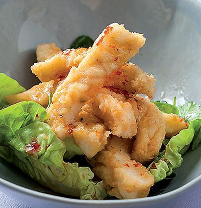 Salt And Pepper Calamari With Sweet Chilli Sauce Woolworths Taste