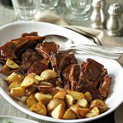 Saucy lamb-rib chops with crusty potato chunks