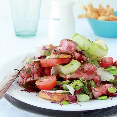 Seared steak salad