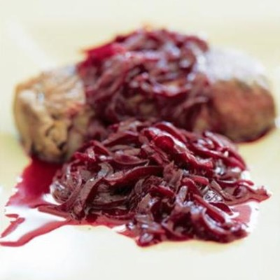 Seared steak with red onion and beetroot confit