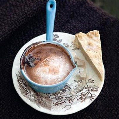 Shortbread with rich hot chocolate