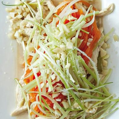 Shredded chicken, pawpaw and celery salad