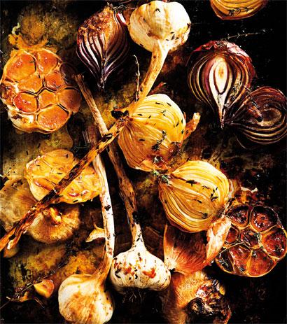 Slow Juicer Garlic : Slow-Roasted verjuice-and-Garlic Onions Woolworths TASTE