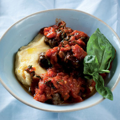 Smooth polenta with Napoletana meatballs