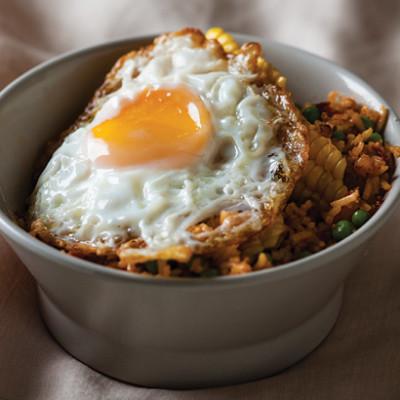 Spicy nasi goreng
