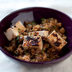 Spicy red lentils and crisp tofu