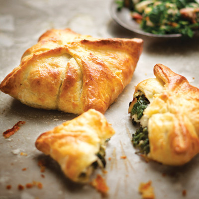 Spinach-and-bacon pies with cream-cheese pastry | Woolworths TASTE