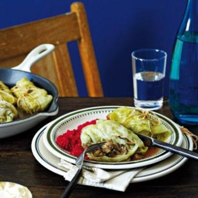 Steamed mushroom cabbage rolls with beetroot risotto