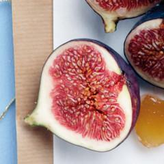 Sticky marsala baked figs