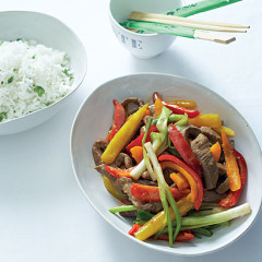 Stir-fried beef with sweet peppers and coriander rice