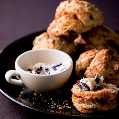 Sun-dried tomato scones with olive butter
