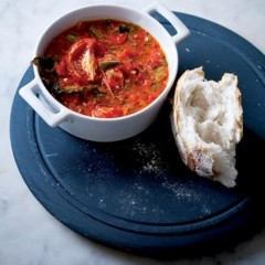 Sweet roast pepper, chilli and tomato soup