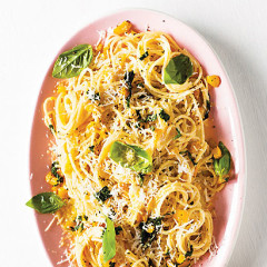 Sweet yellow pepper and goats cheese pasta