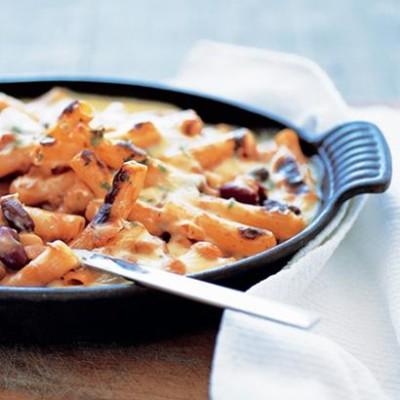 Three-bean macaroni bake | Woolworths TASTE