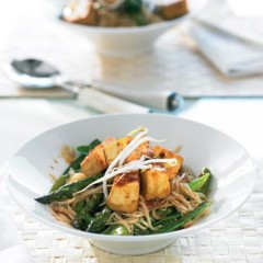 Tofu with vegetable noodles