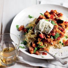 Tomato-brinjal sauce with pasta
