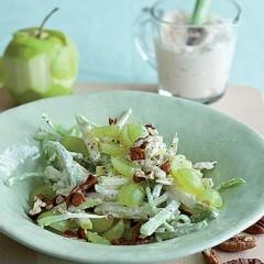 Traditional Waldorf salad