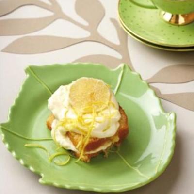 Two-minute lemon-curd cake with organic-sugar lemon