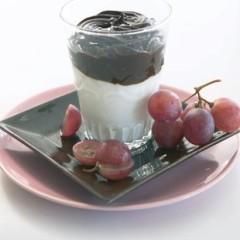 Vanilla yoghurt & liquorice dessert
