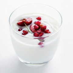 White chocolate mousse with fresh cherries