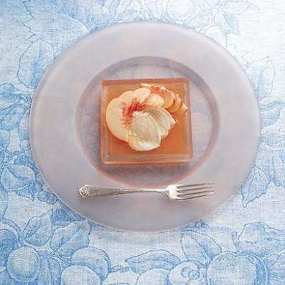 White nectarine and mozzarella salad